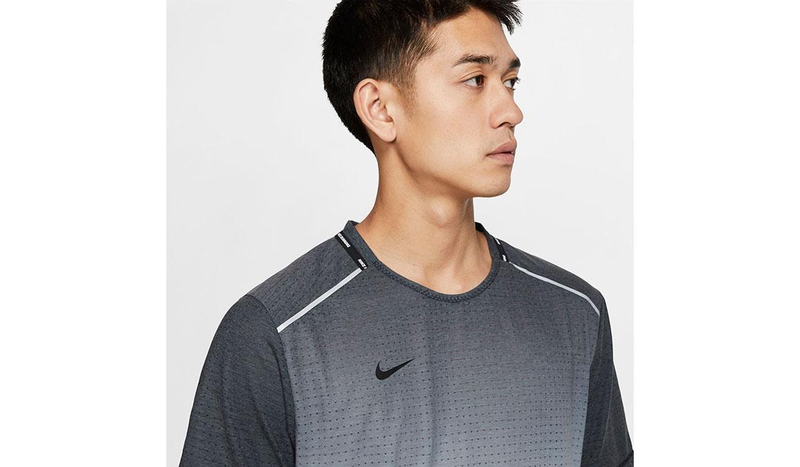 Men's Nike Rise 365 Wild Run Top - Color: Black/White/Reflective Silver Size: S, Black/White/Reflective Silver, large, image 3