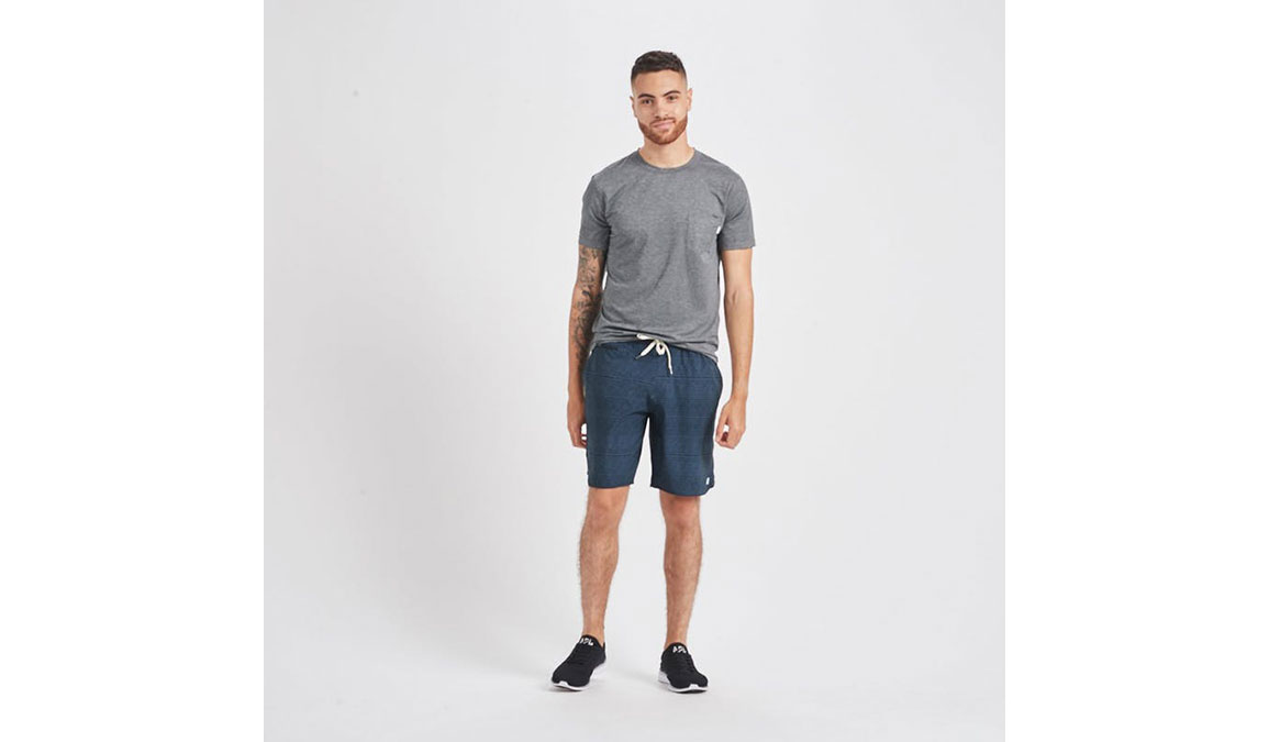"""Men's Vuori Banks 8"""" Short - Color: Ink Cell Texture Size: S, Ink Cell Texture, large, image 4"""