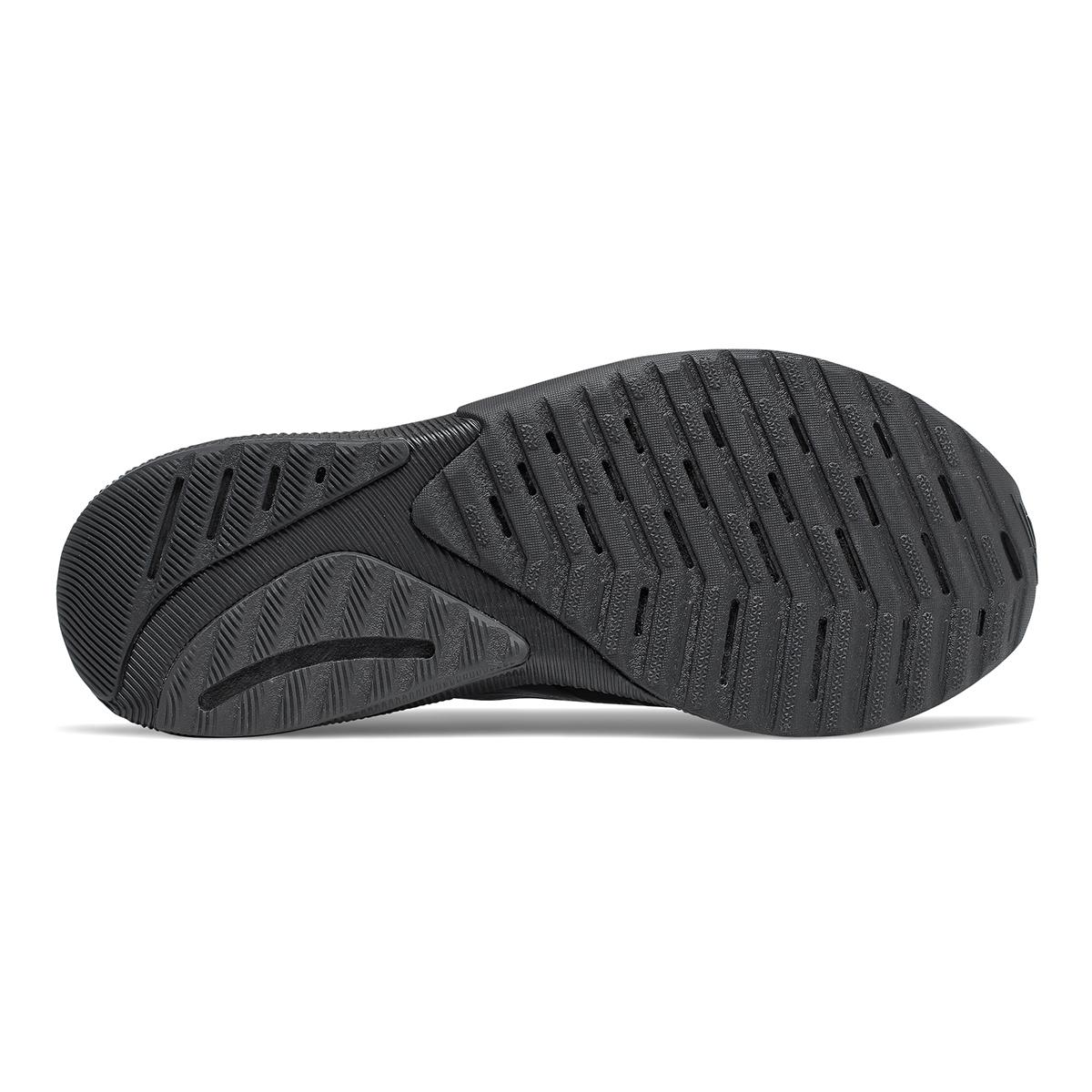 Men's New Balance Fuelcell Propel V2 Running Shoe - Color: Black - Size: 7 - Width: Wide, Black, large, image 4