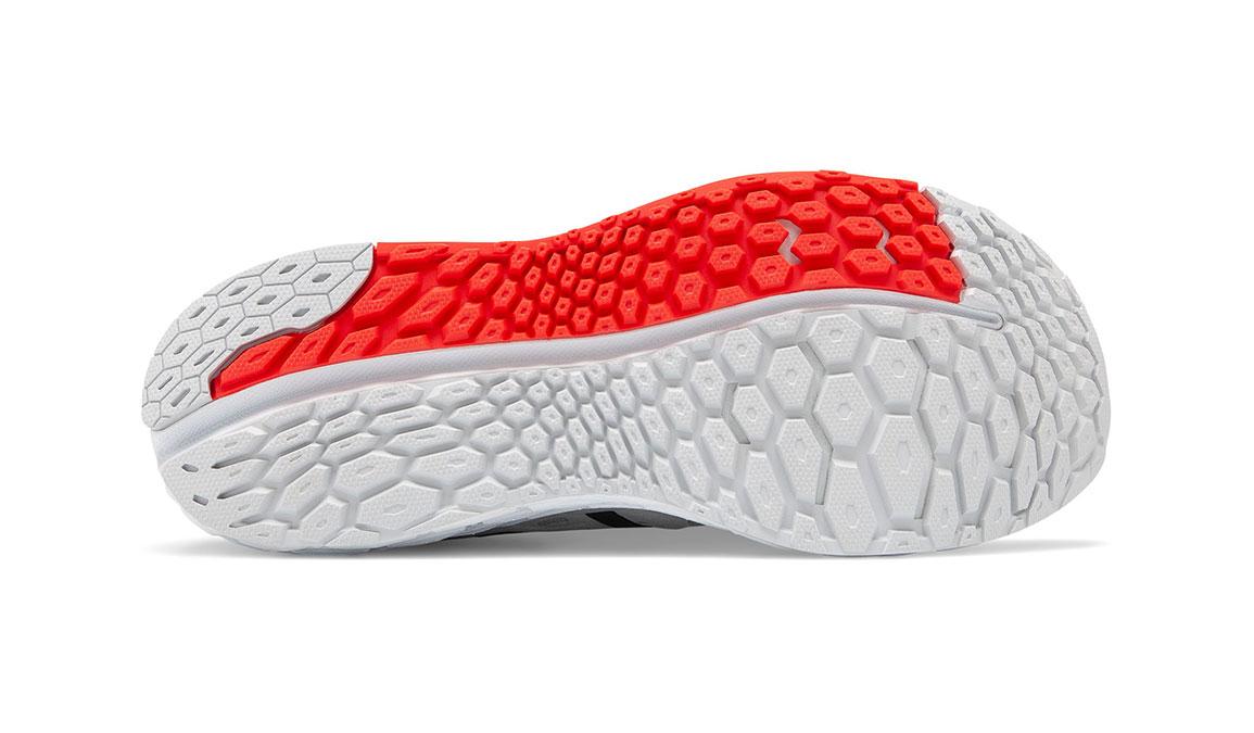 Men's New Balance Vongo V4 Running Shoe - Color: Light Aluminum/Red (Regular Width) - Size: 7.5, Silver/Red, large, image 4