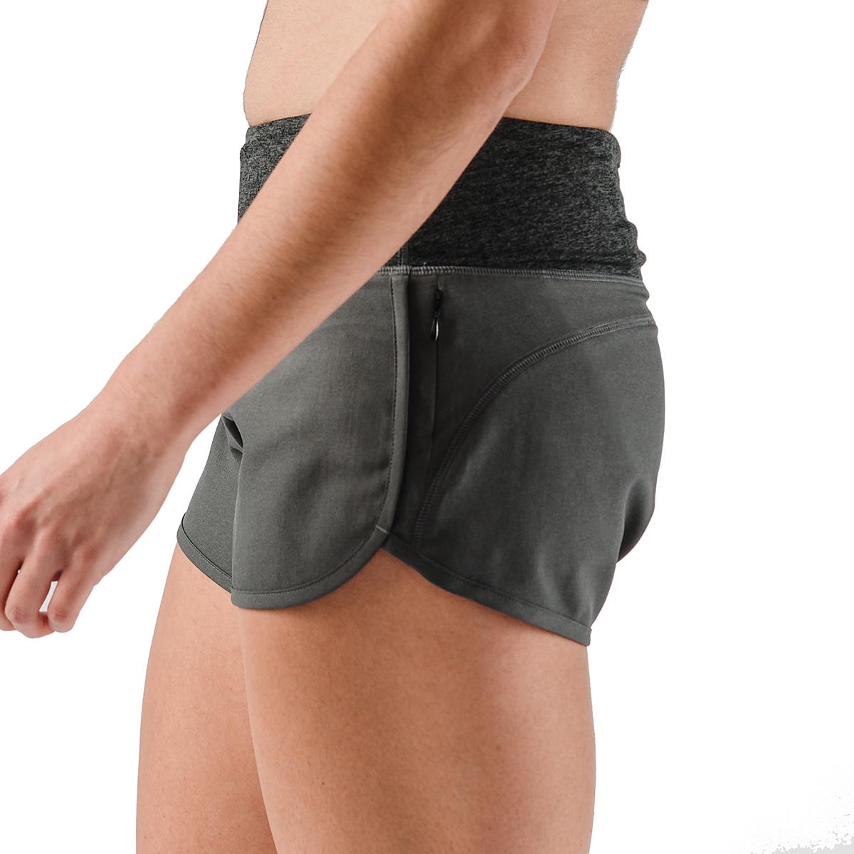 """Women's Rabbit Pocket 2.5"""" Shorts, , large, image 3"""