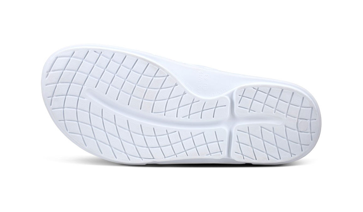 Oofos OOahh Sport Flex Recovery Sandal - Color: White/Black - Size: M10/W12 - Width: Regular, White/Black, large, image 7