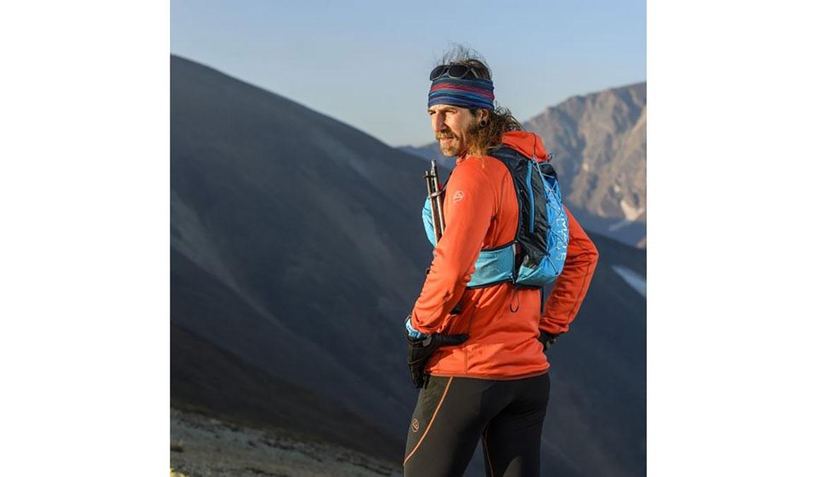 Ultimate Direction Mountain Vest 4.0 - Color: Blue Size: M, Blue, large, image 4
