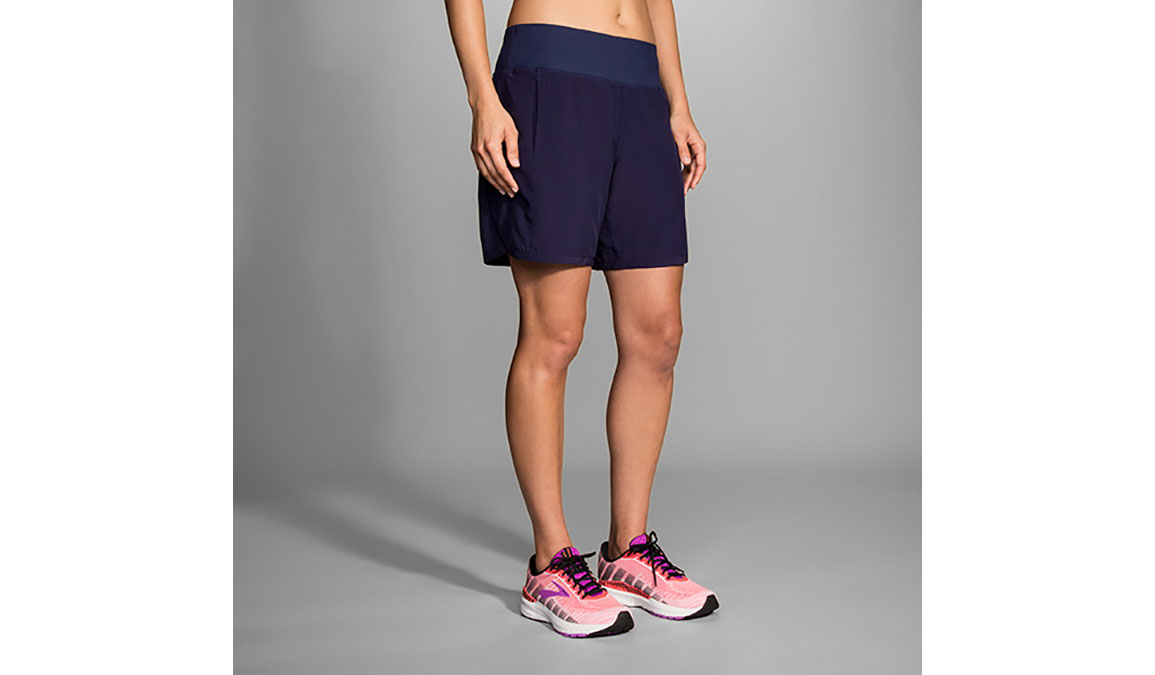 "Women's Brooks Chaser 7"" Running Shorts - Color: Navy Size: L, Navy, large, image 1"