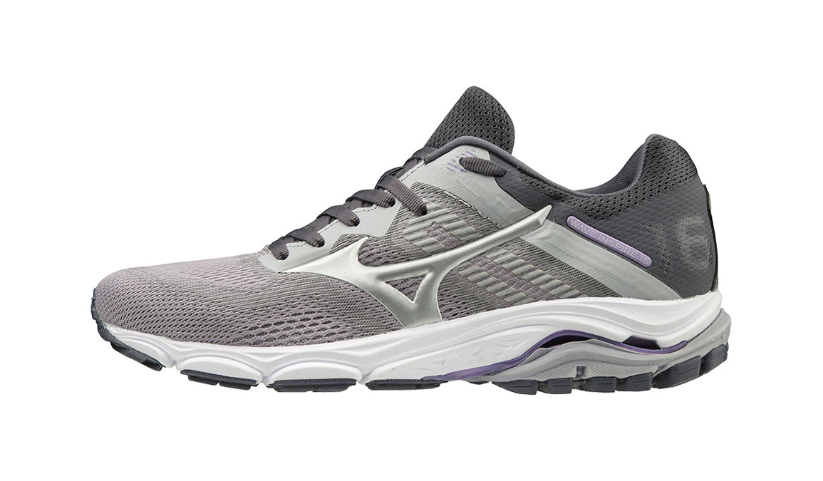 mizuno running shoes size 7 plus size