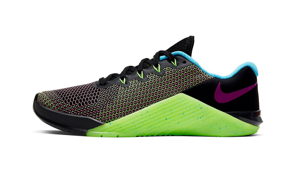 Women's Nike Metcon 5 AMP Training Shoes - Color: Black/Fire Pink/Green (Regular Width) - Size: 5, Black/Fire Pink/Green, large, image 3
