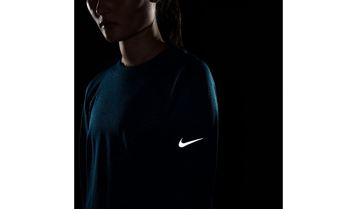 Women's Nike Sphere Element Crew Top, , large, image 7