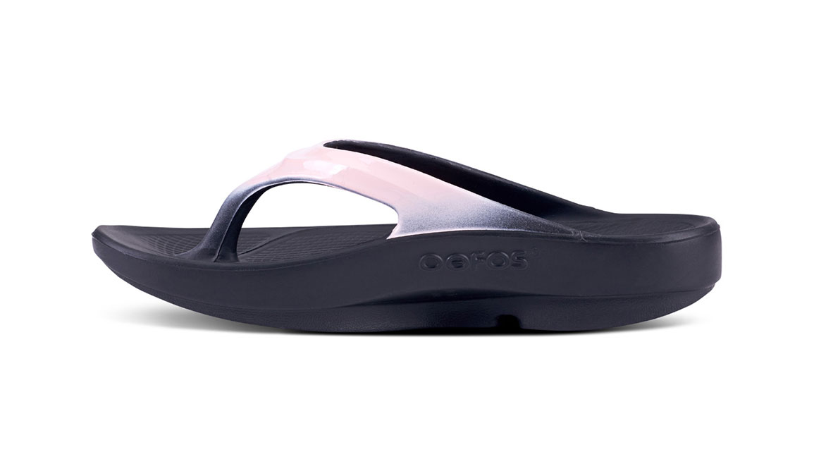 Women's Oofos OOlala Luxe Recovery Sandal - JackRabbit EXCLUSIVE - Color: Black/Blush (Regular Width) - Size: 8, Black/Pink, large, image 3
