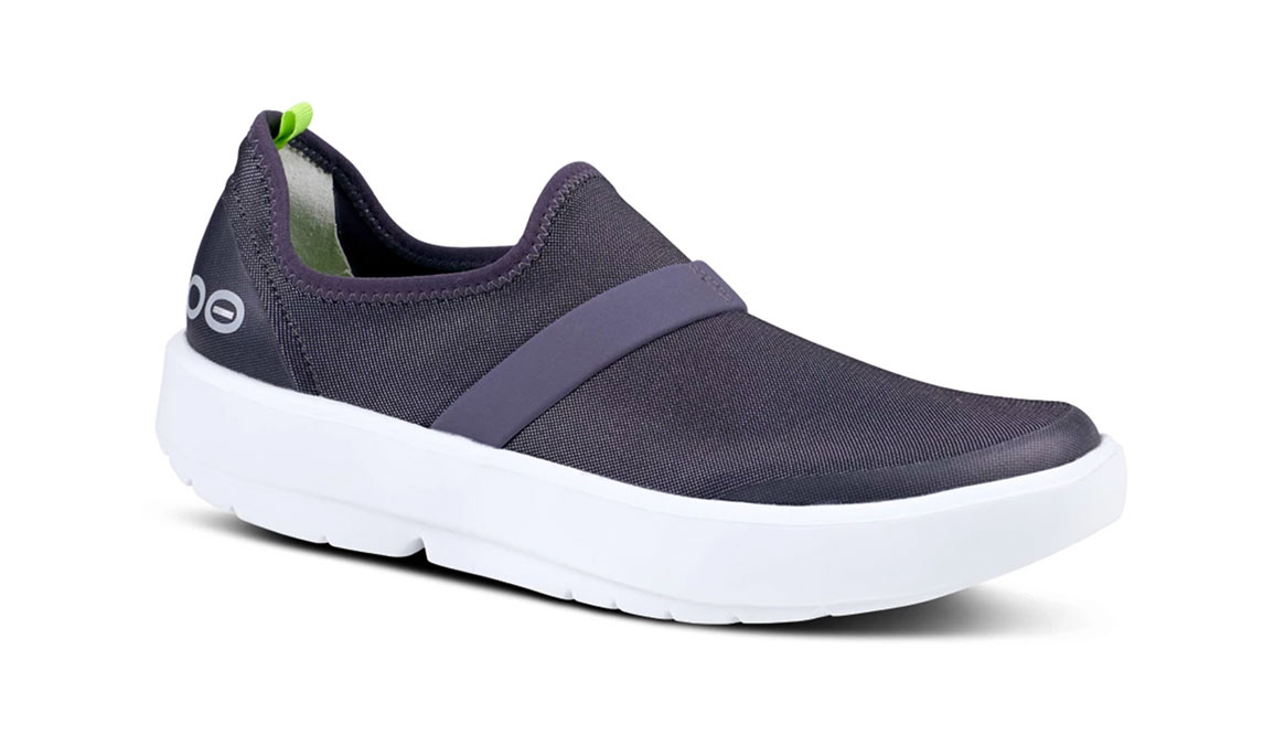 Women's Oofos OOmg Fibre Recovery Shoe - Color: White/Slate Purple (Regular Width) - Size: 5, White/Purple, large, image 2