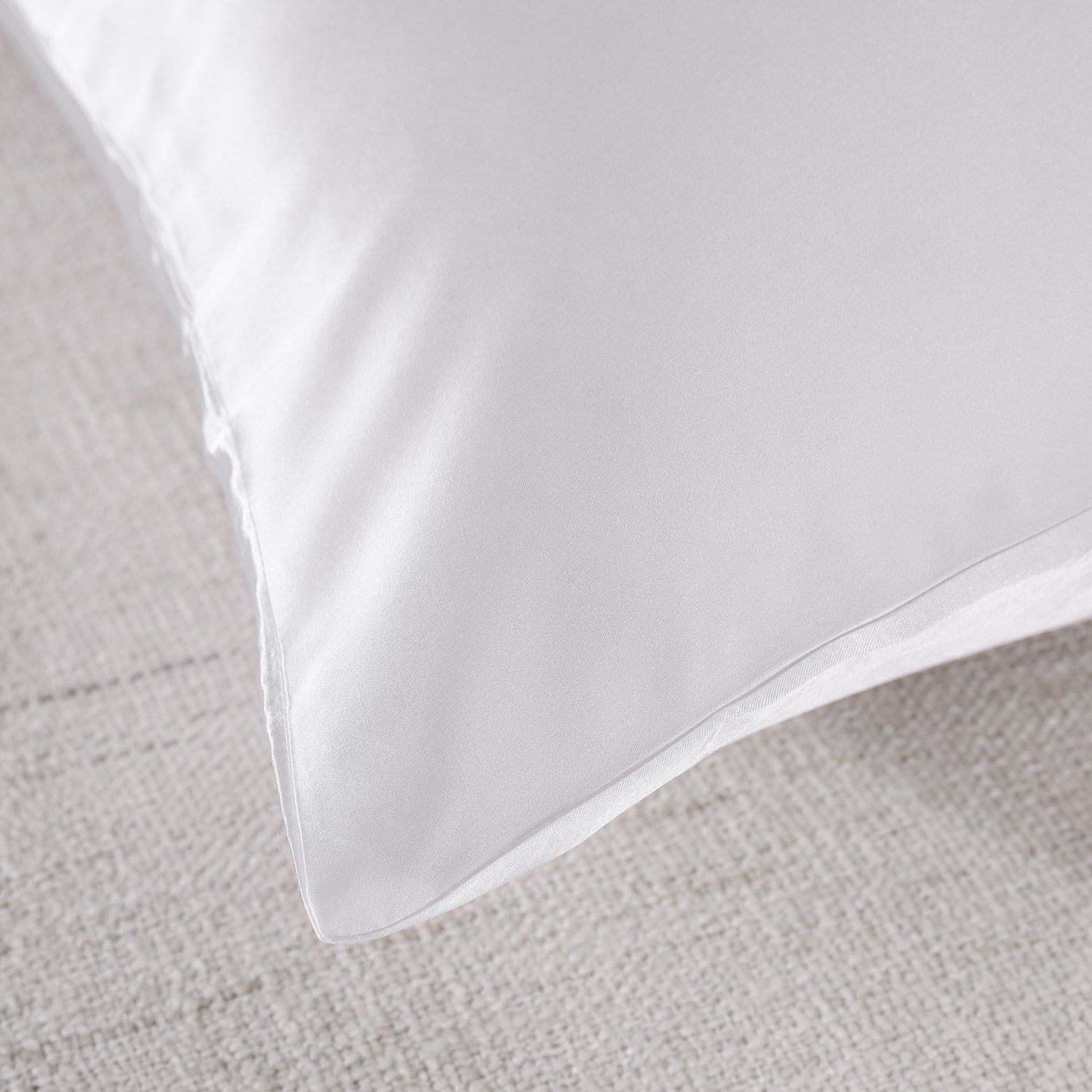 Royal-Comfort-Mulberry-Soft-Silk-Hypoallergenic-Pillowcase-Twin-Pack-51-x-76cm thumbnail 43
