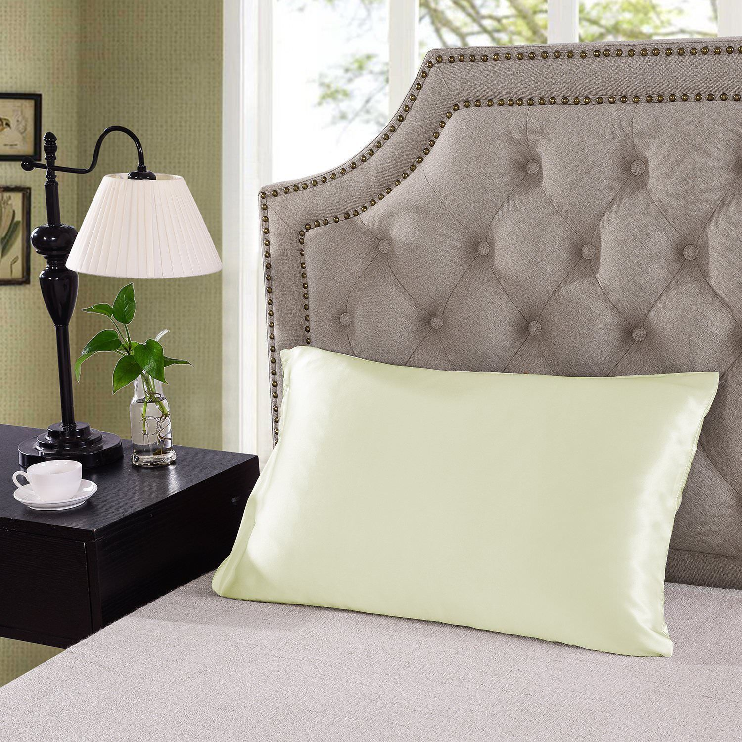 Royal-Comfort-Mulberry-Soft-Silk-Hypoallergenic-Pillowcase-Twin-Pack-51-x-76cm thumbnail 23
