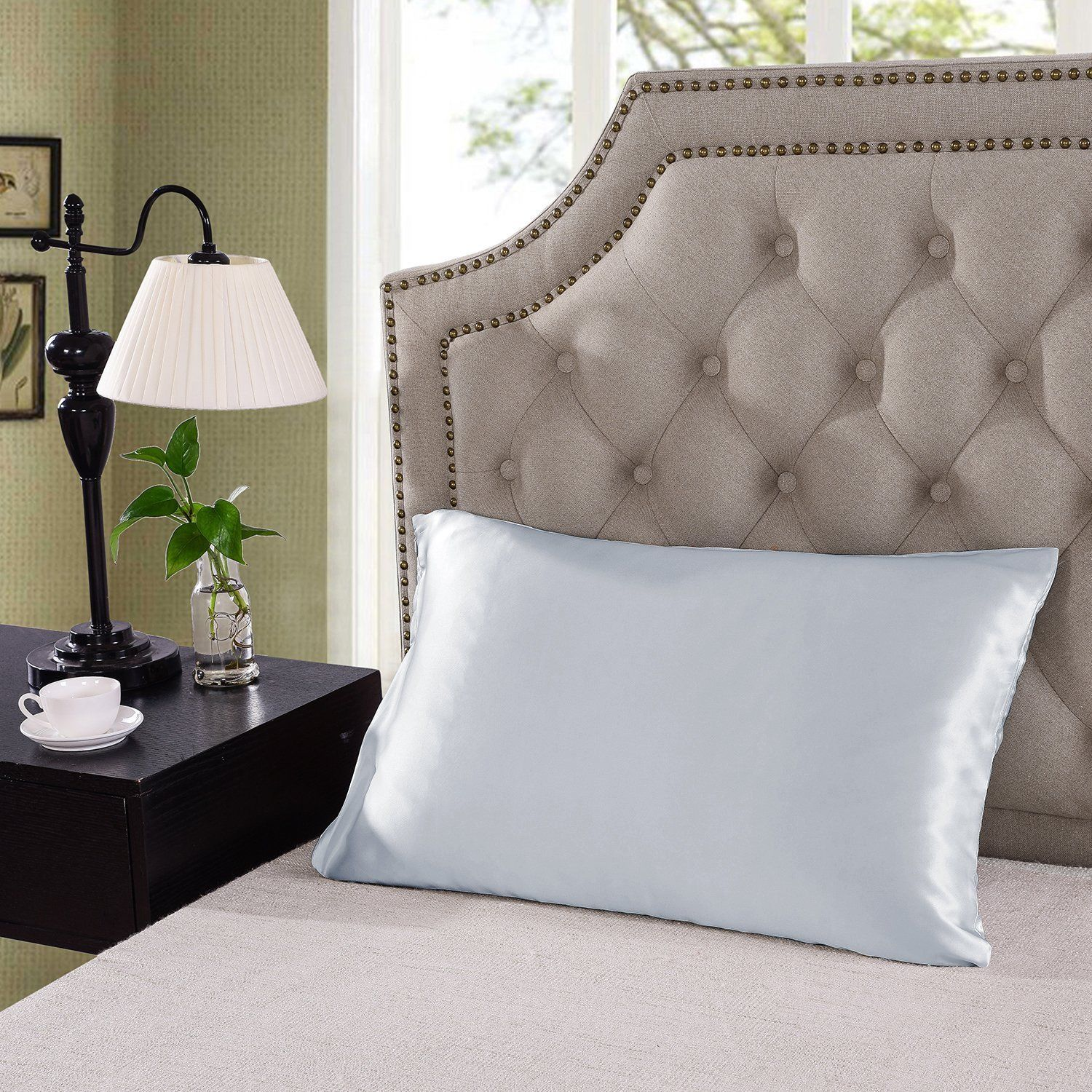 Royal-Comfort-Mulberry-Soft-Silk-Hypoallergenic-Pillowcase-Twin-Pack-51-x-76cm thumbnail 36