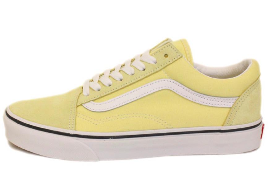 f0aca7a5dbf190 Vans Men s UA Old Skool Sneakers