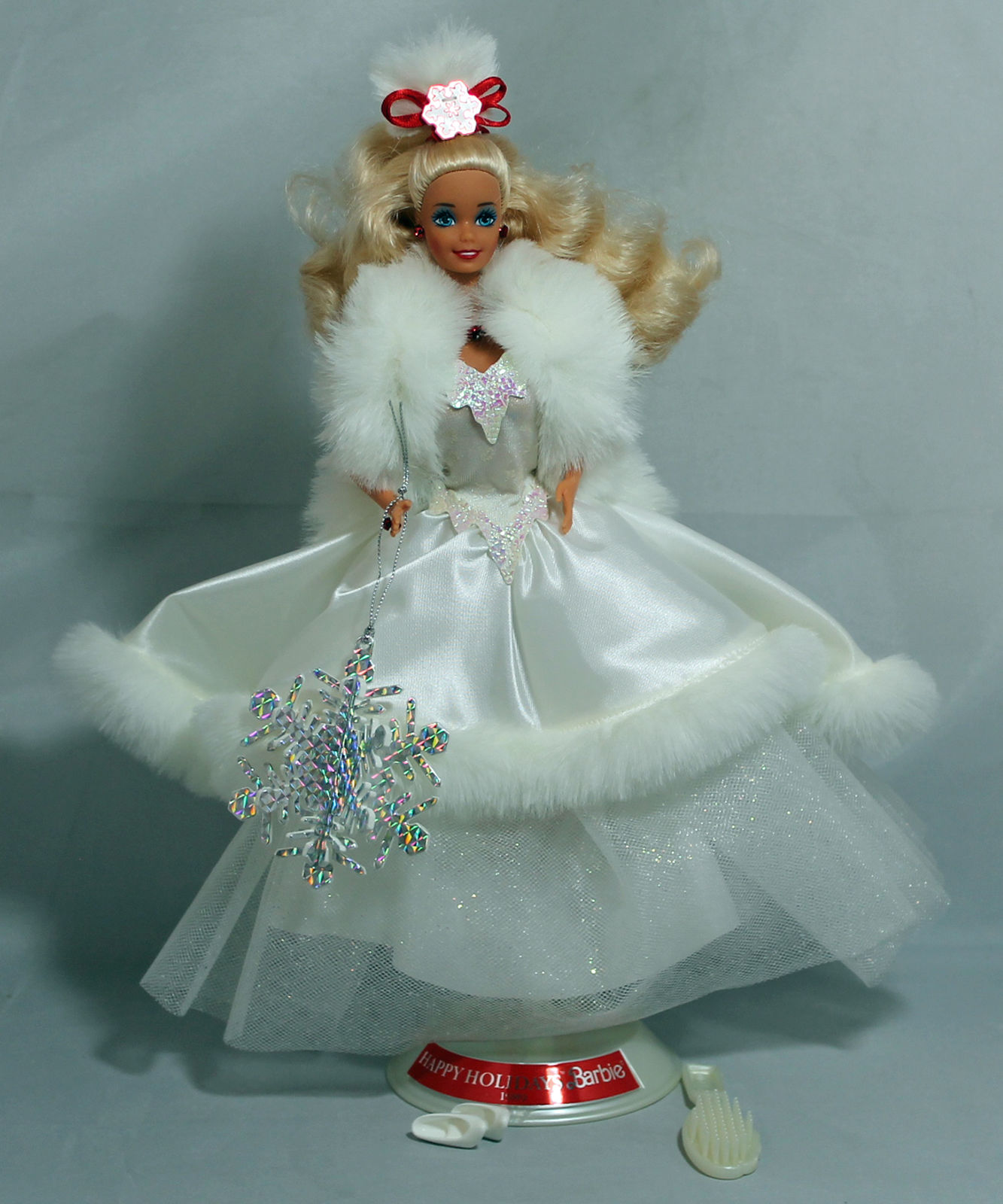 HAPPY HOLIDAY BARBIE Doll 1989, Holiday Special Edition Mint NO