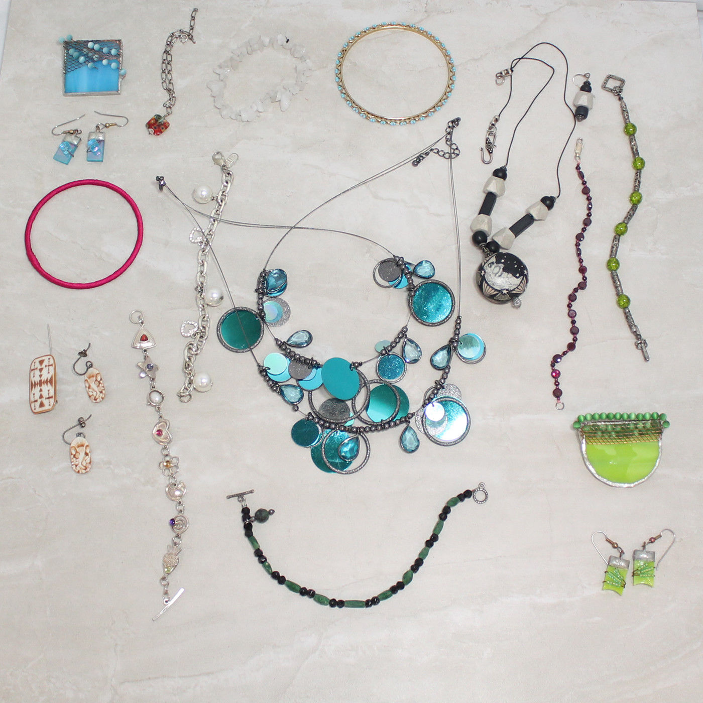 827f43b81222b Details about Lot of random costume jewelry pins earrings etc