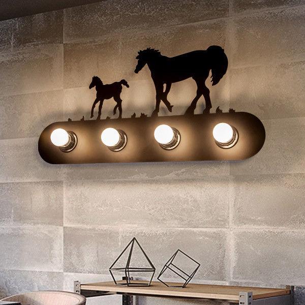 деревенский черный дикие лошади ванна туалетный столик лампа над