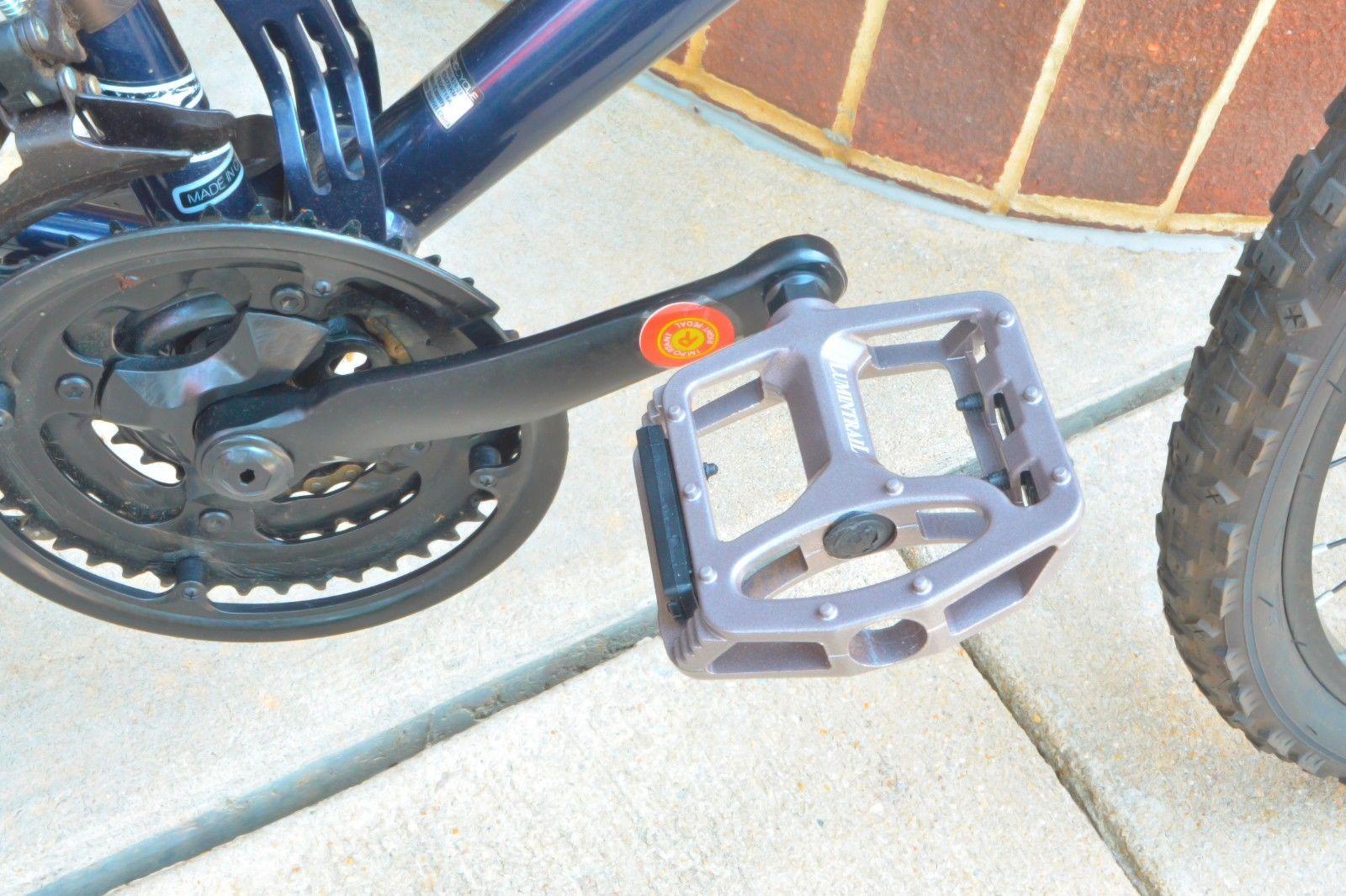 Lumintrail-Big-Foot-Bike-Pedals-Road-MTB-BMX-Aluminum-Alloy-Flat-Platform-9-16-034 thumbnail 14