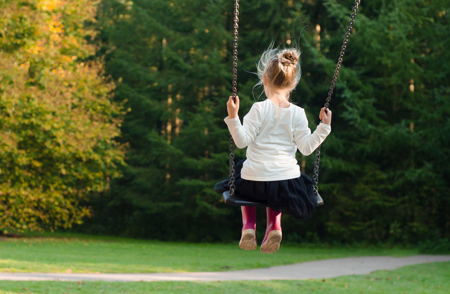 thelashop, trampoline accessories, girl swinging