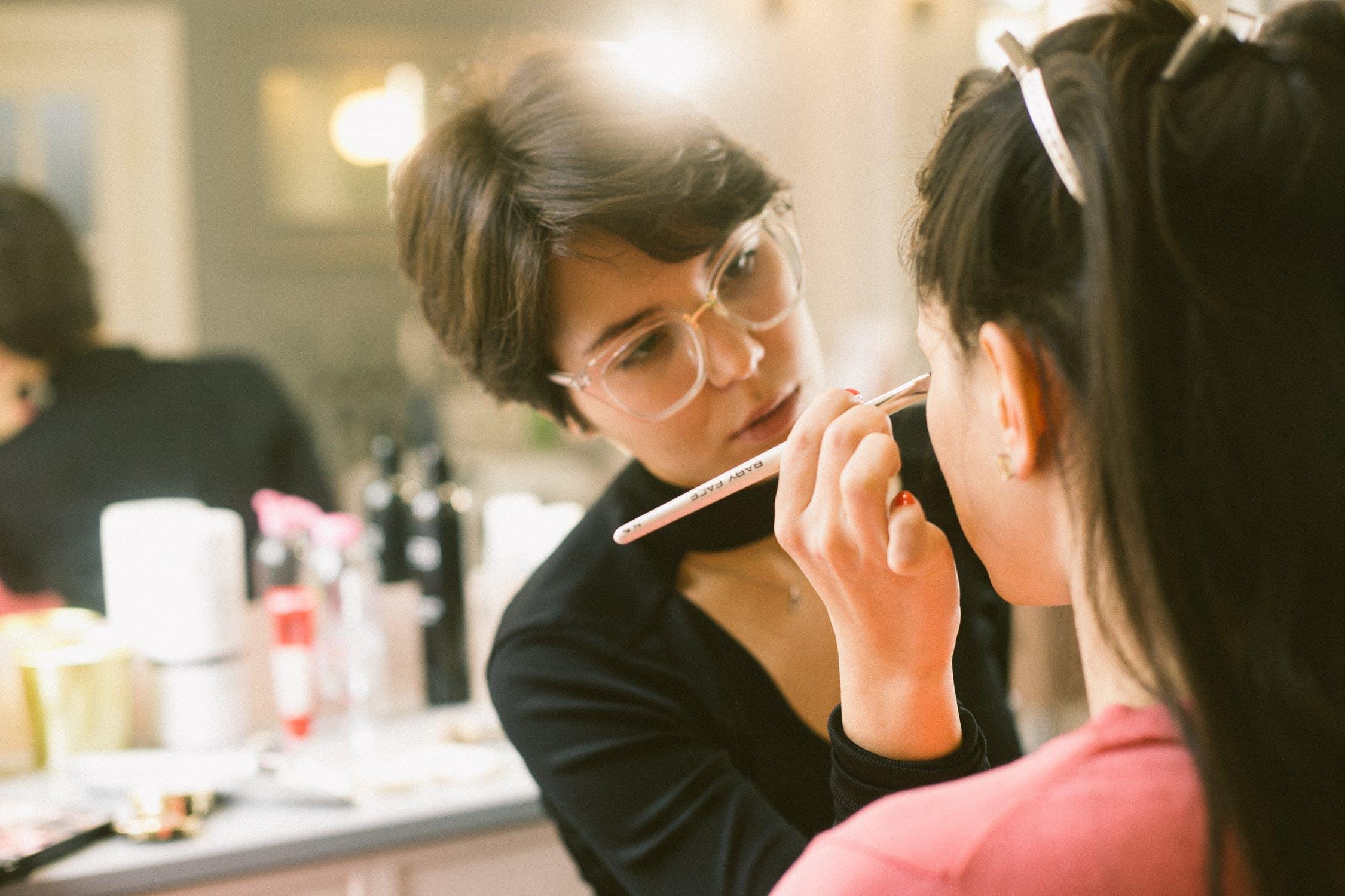 traveling beautician, thelashop, los angeles, makeup artist