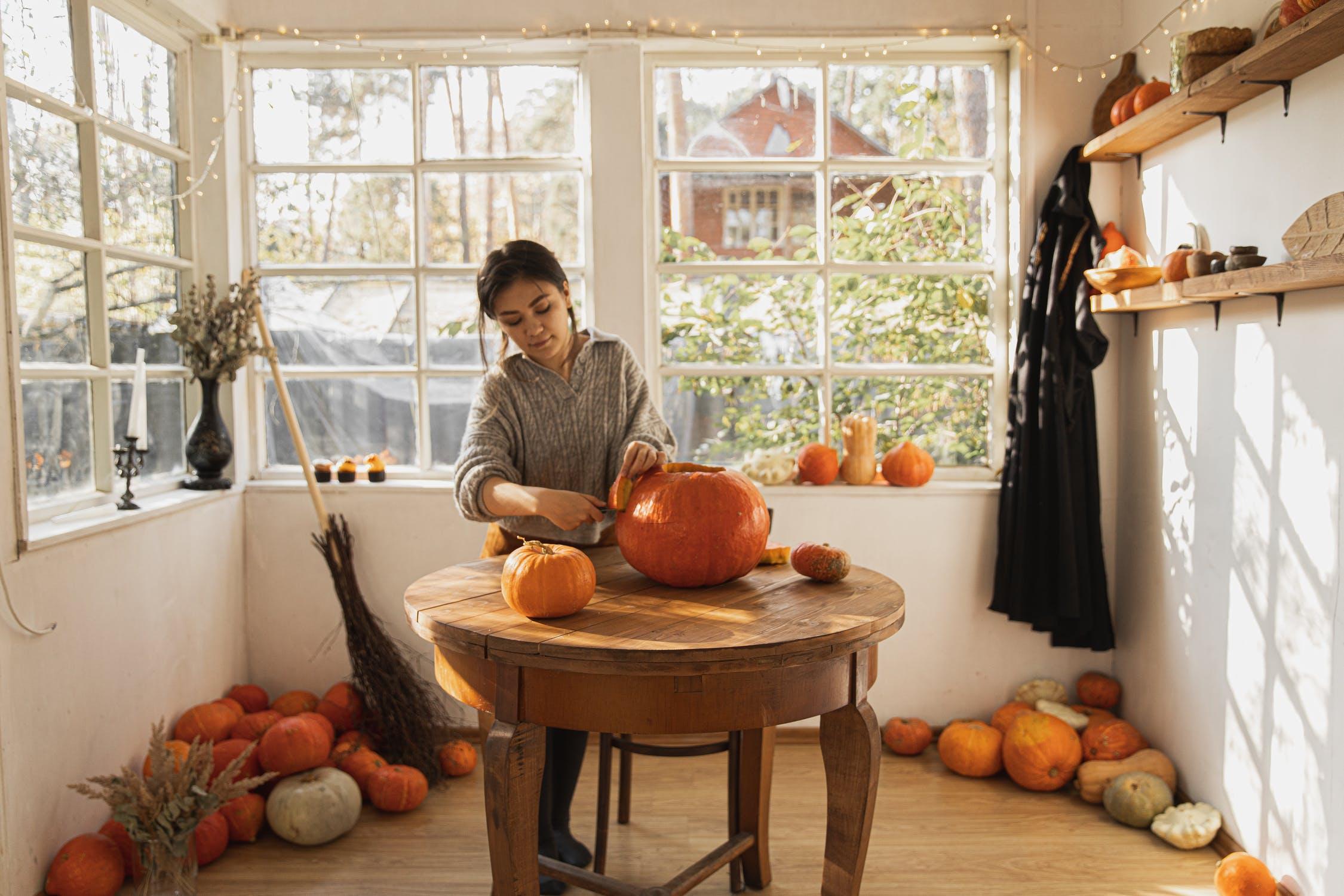Halloween DIY Door Decorations, yescomusa