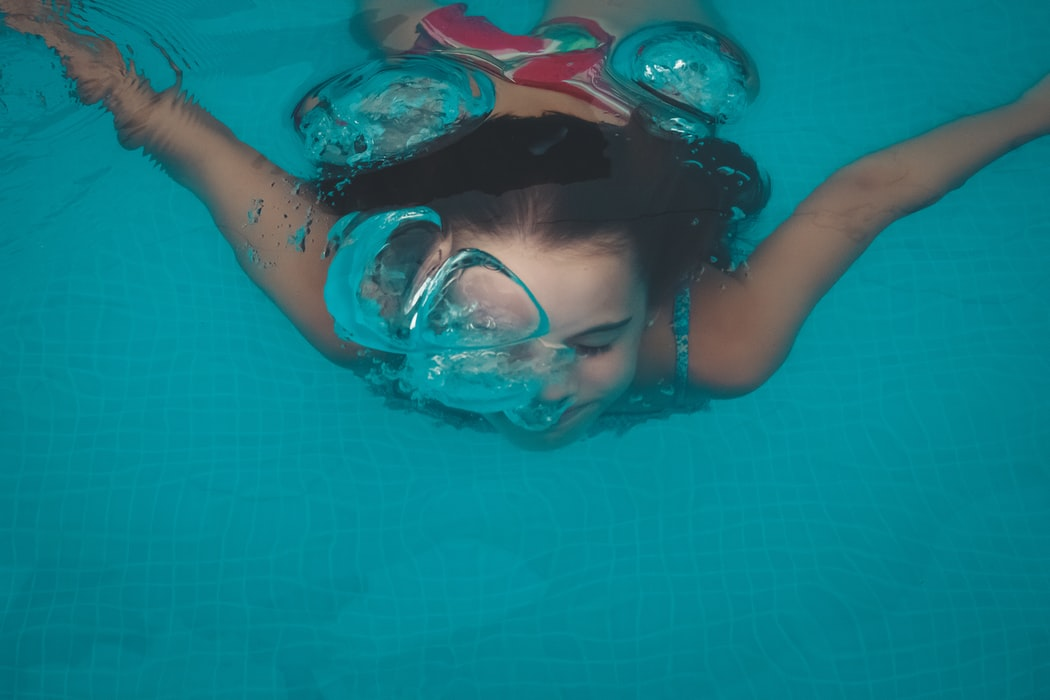 underwater pool exercises, swimming pool, exercise in a pool