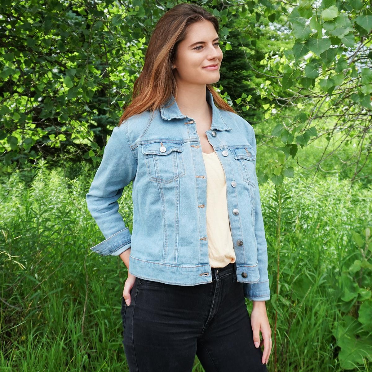 Calvin-Klein-Women-039-s-Denim-Trucker-Jacket thumbnail 5