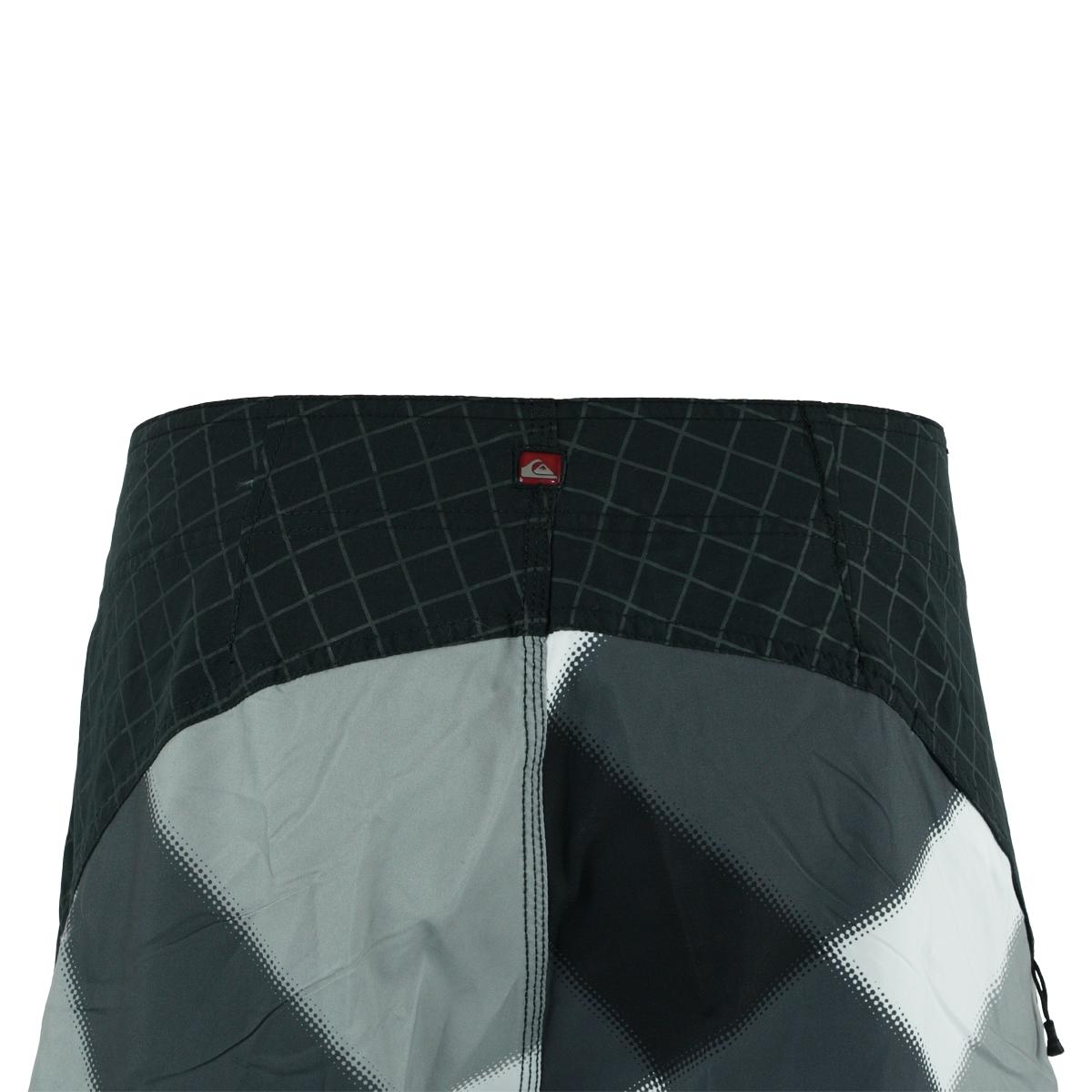 Quiksilver-Men-039-s-Geometric-Print-Boardshorts thumbnail 4