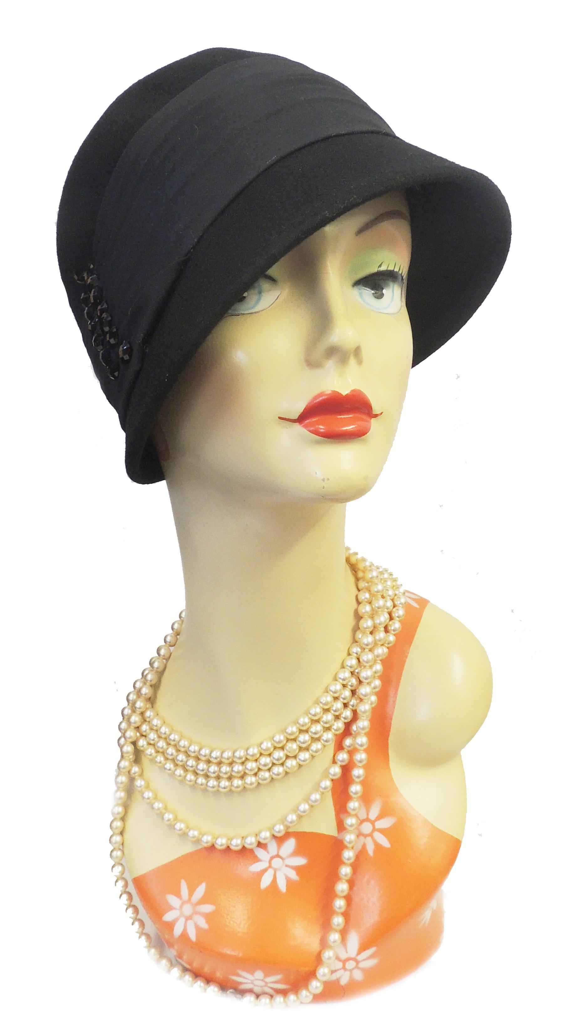 New VTG 1920's 30's 40's style Felt Cloche Flapper Downton Hat in Red / Black