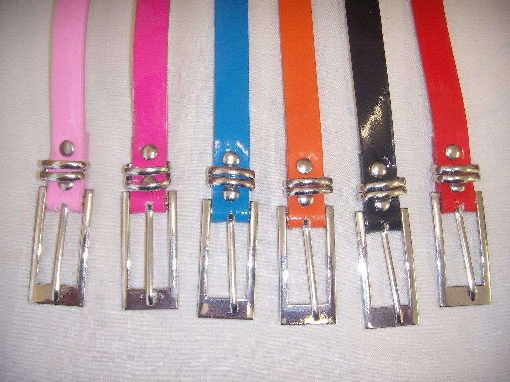 60s Dresses & 60s Style Dresses UK   Thin Shiny Skinny Belt - 7 Great Colours to choose from £4.99 AT vintagedancer.com