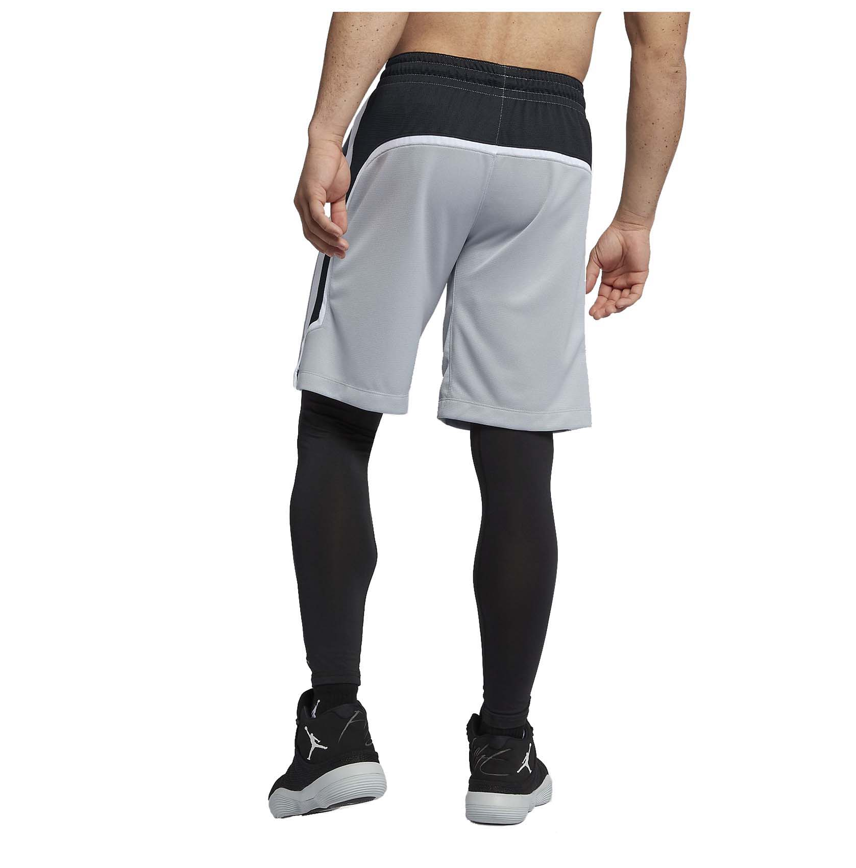 ed3d28fbfb5417 Jordan Men s Nike Flight Dri-Fit Basketball Shorts-Black White