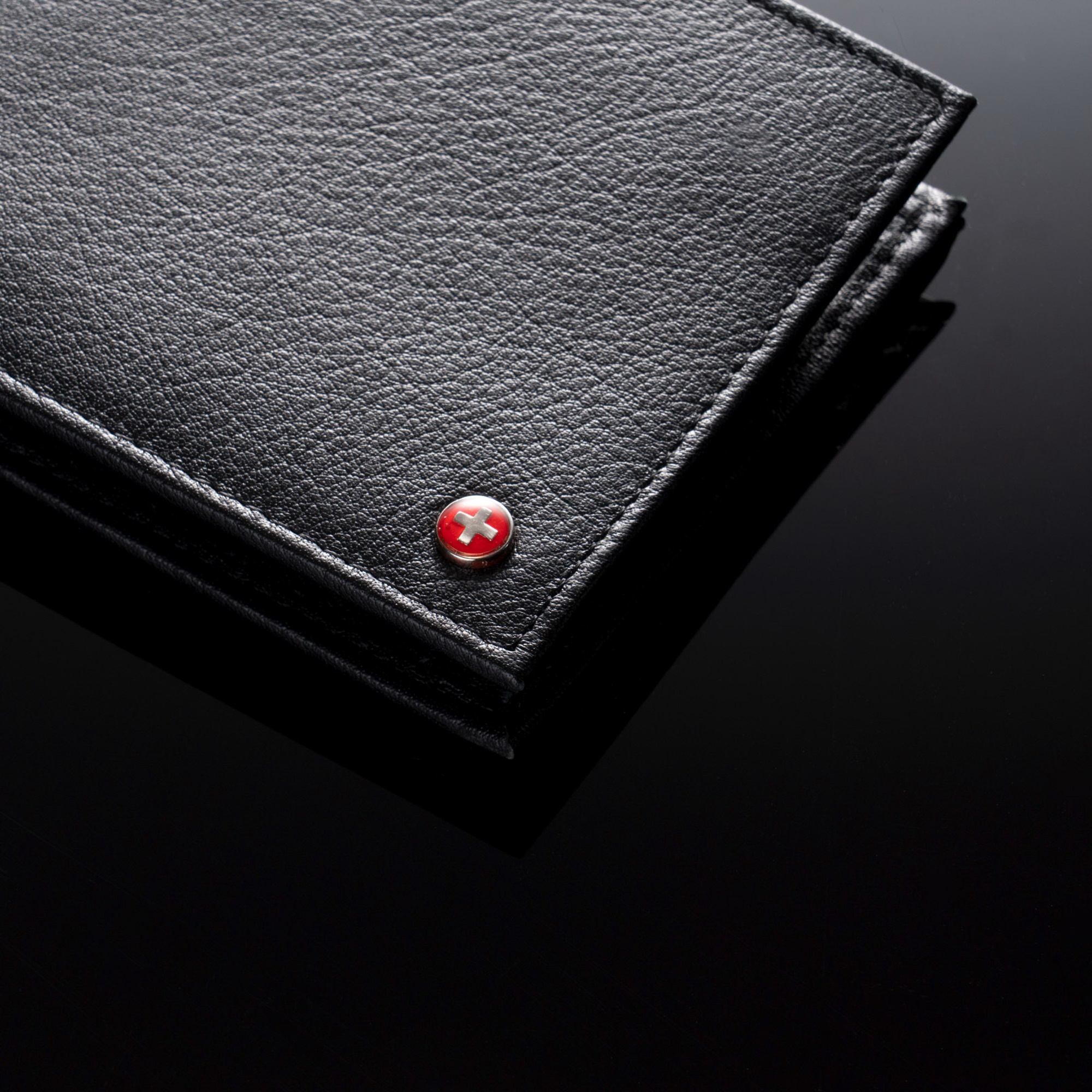 Alpine-Swiss-RFID-Blocking-Mens-Leather-Bifold-Wallet-Removable-ID-Card-Passcase thumbnail 18