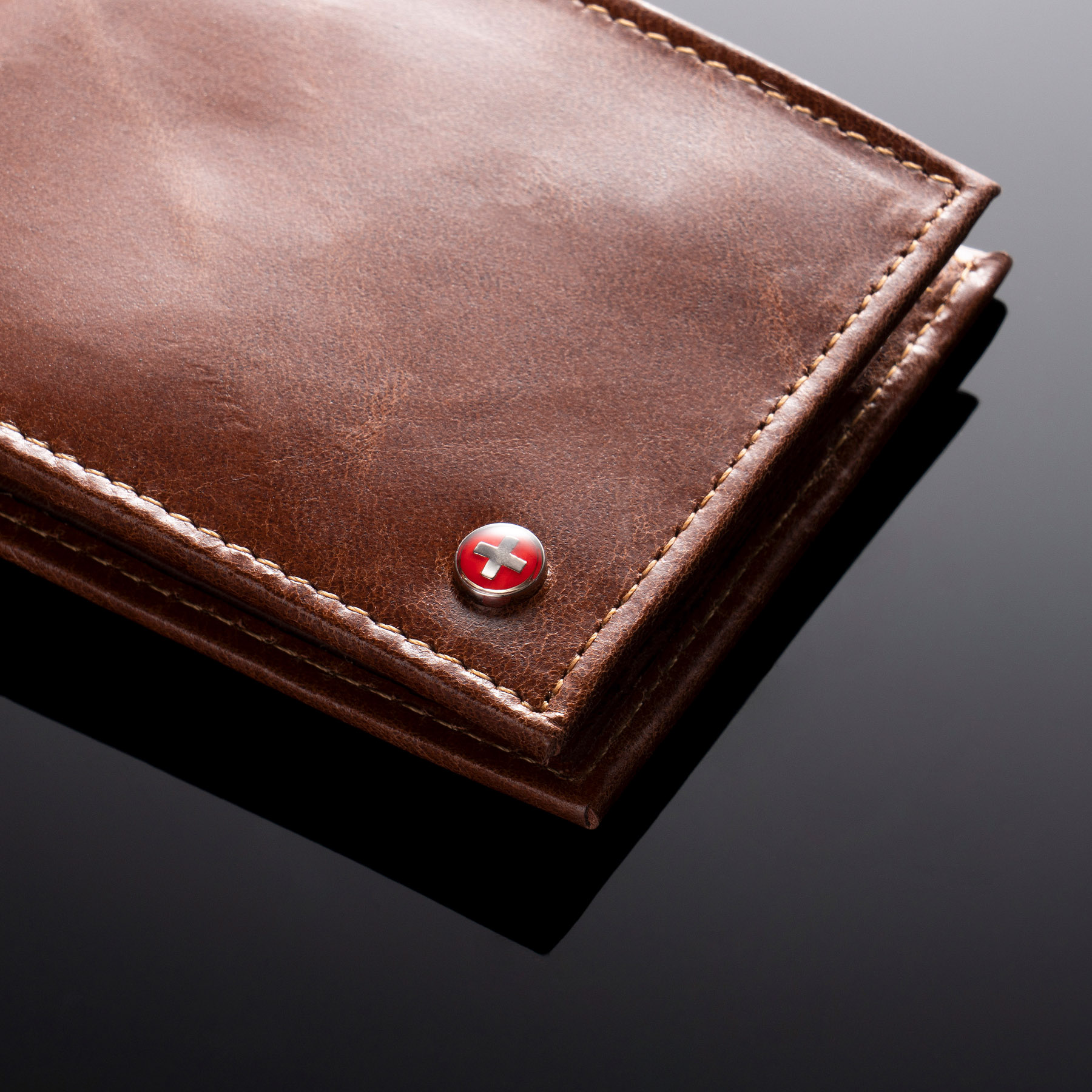 Alpine-Swiss-Mens-RFID-Blocking-Leather-Wallet-Multi-Card-High-Capacity-Bifold thumbnail 28