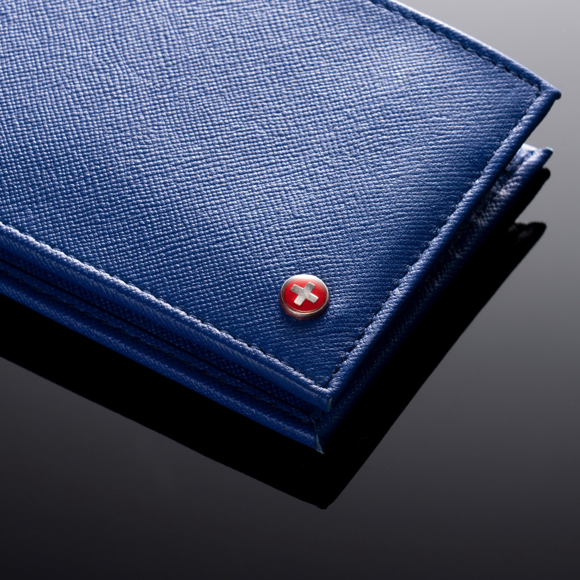 Alpine-Swiss-Mens-Wallet-Genuine-Leather-Removable-ID-Card-Case-Bifold-Passcase thumbnail 57