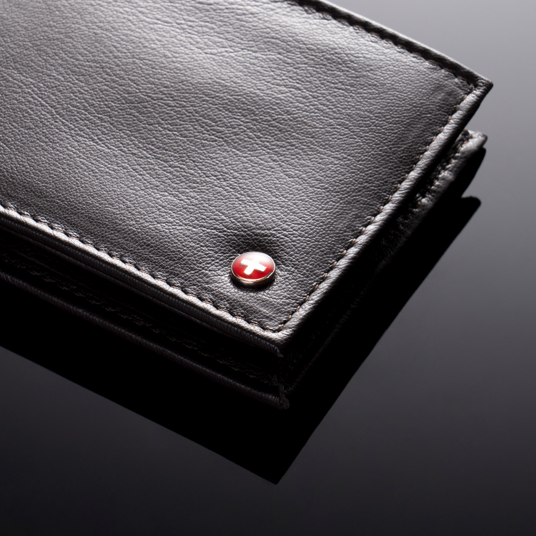 Alpine-Swiss-Mens-Leather-Wallet-Multi-Card-Flip-ID-High-Capacity-Compact-Bifold thumbnail 26