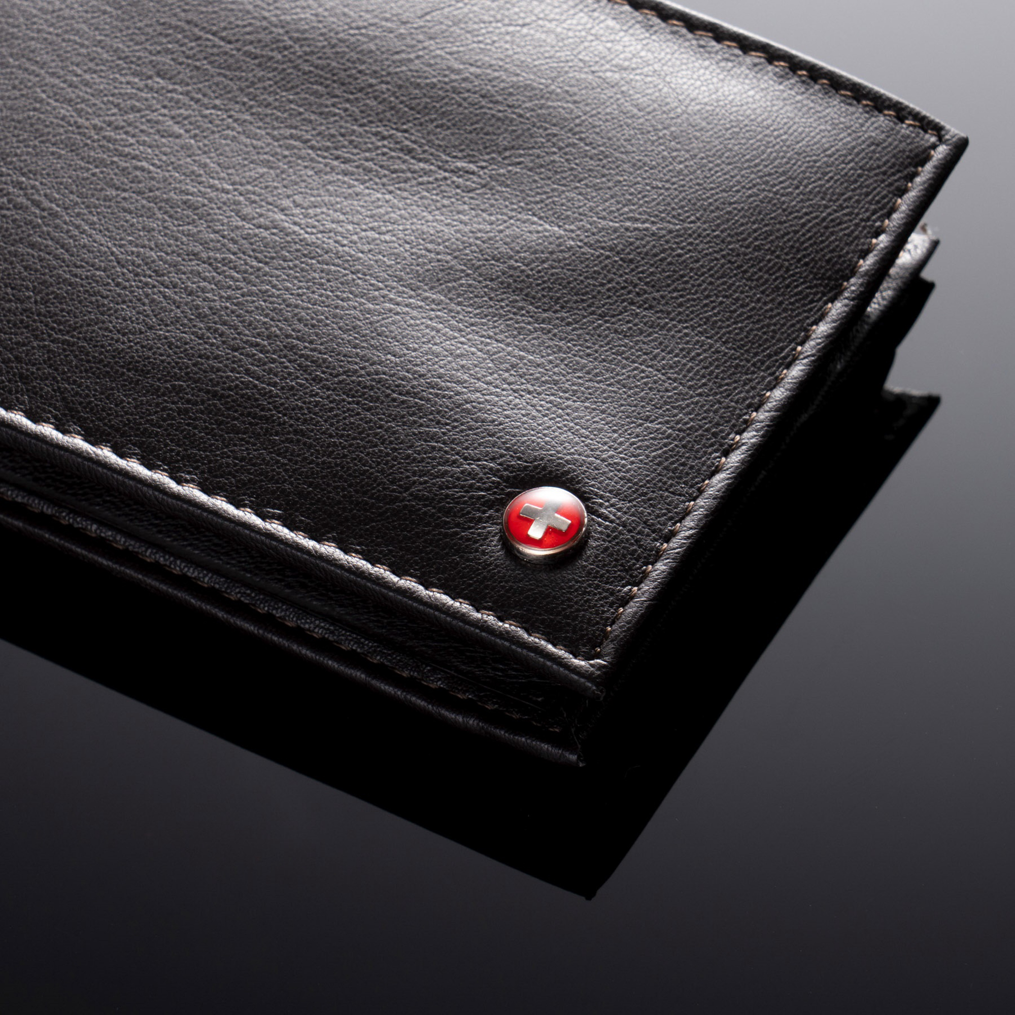 Alpine-Swiss-Mens-Wallet-Genuine-Leather-Removable-ID-Card-Case-Bifold-Passcase thumbnail 38