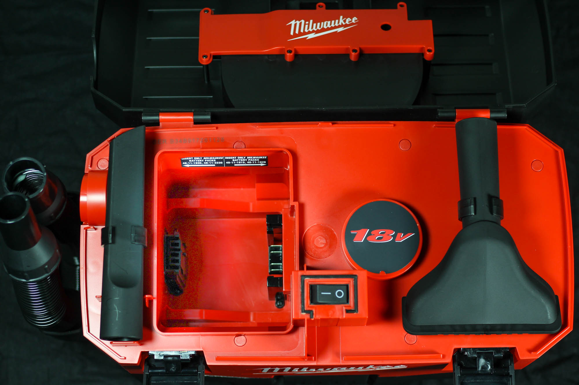 Milwaukee Wet Dry Shop Vacuum is the best cordless industrial and home use shop vac