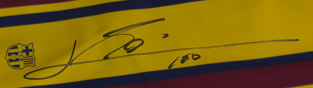 9215d8354fa Lionel Messi Signed Nike Barcelona Home Soccer Jersey Large Beckett+Messi  COA