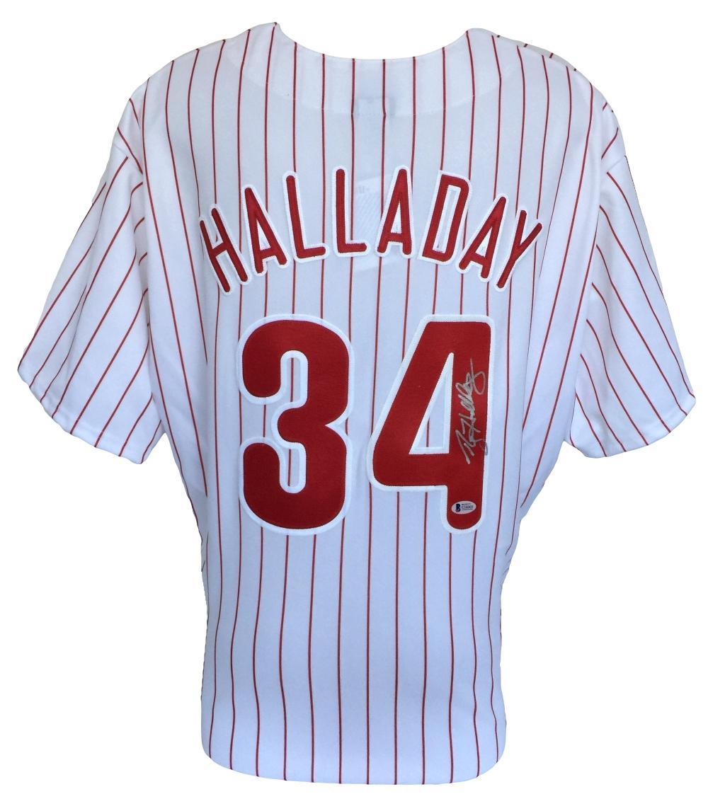 Roy Halladay Signed Philadelphia Phillies Replica Pinstripe Majestic Jersey  BAS ef794e929a1