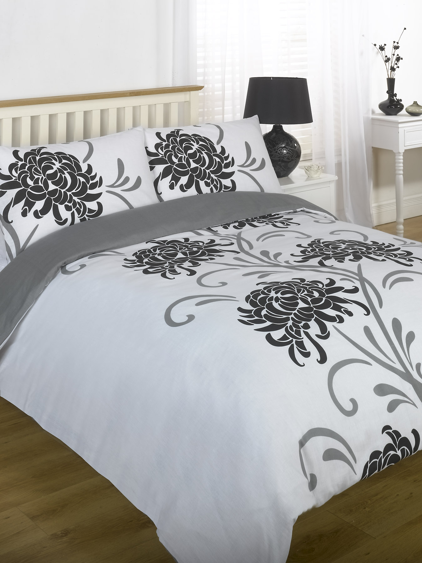 Duvet Quilt Cover Bedding Set Black White Single Double King