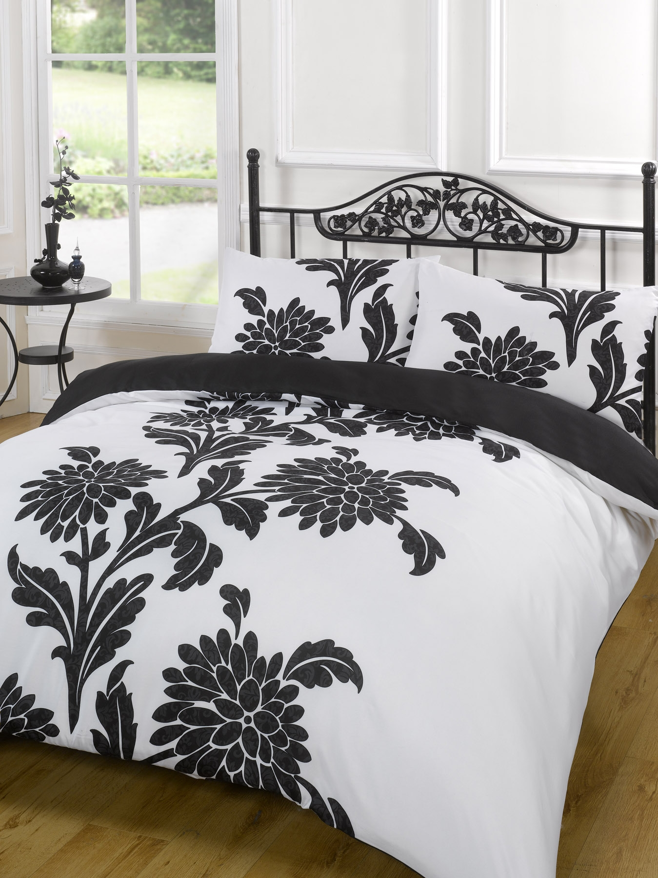 her quilt is inside used double couples filling our side linen his sets black bed bedding white item and to it cover comforter or duvet without