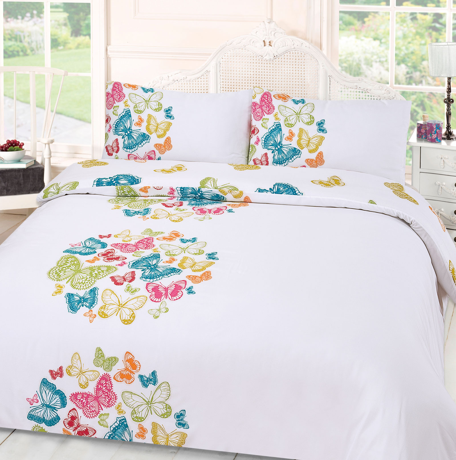 comforter bedding with interior winnie pink comfoter set ideas wooden bedroom sets laminated white toddler single girl glaze lovely floor butterfly on the bed pooh
