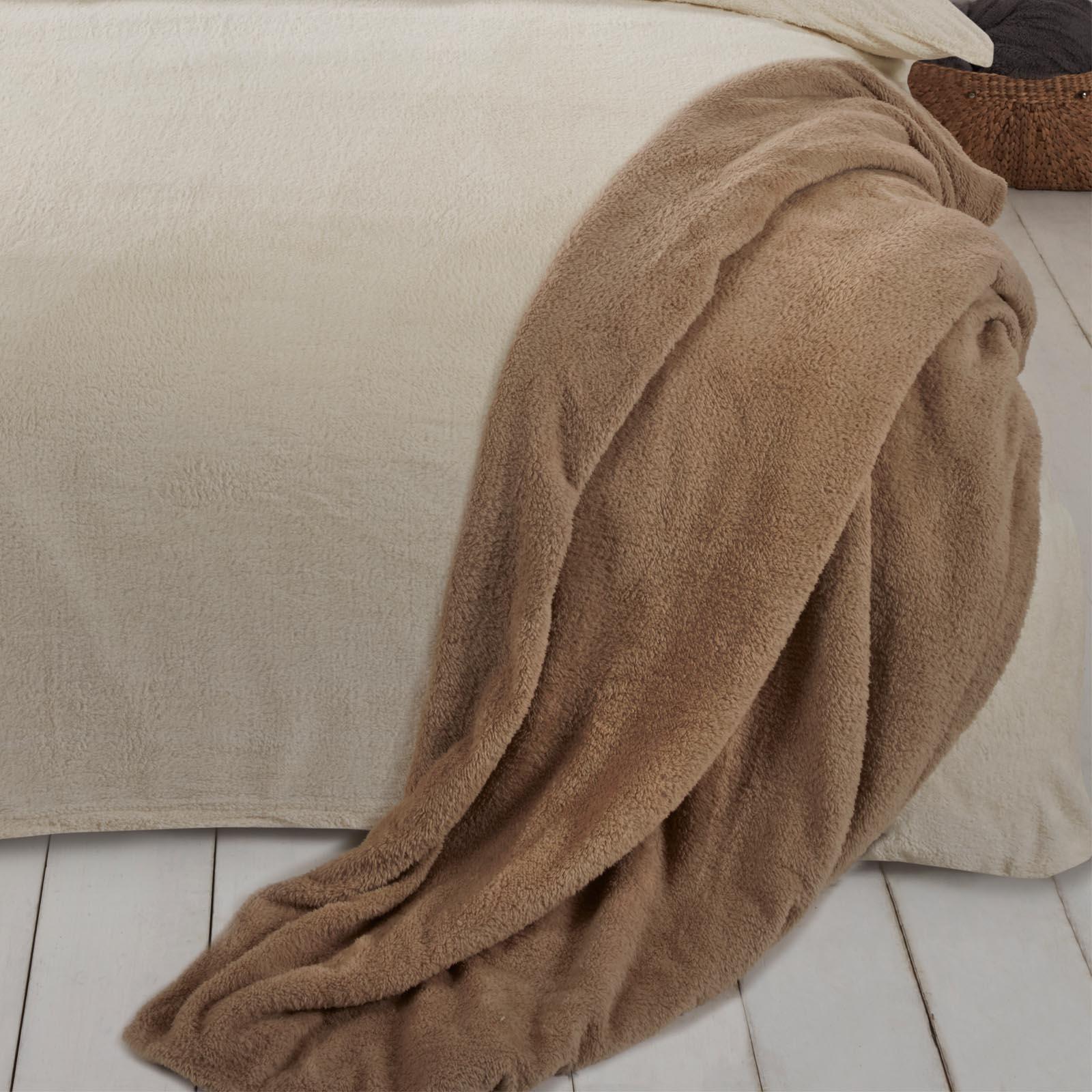 Brentfords-Teddy-Fleece-Bear-Blanket-Large-Throw-Over-Bed-Plush-Soft-Bedspread thumbnail 18