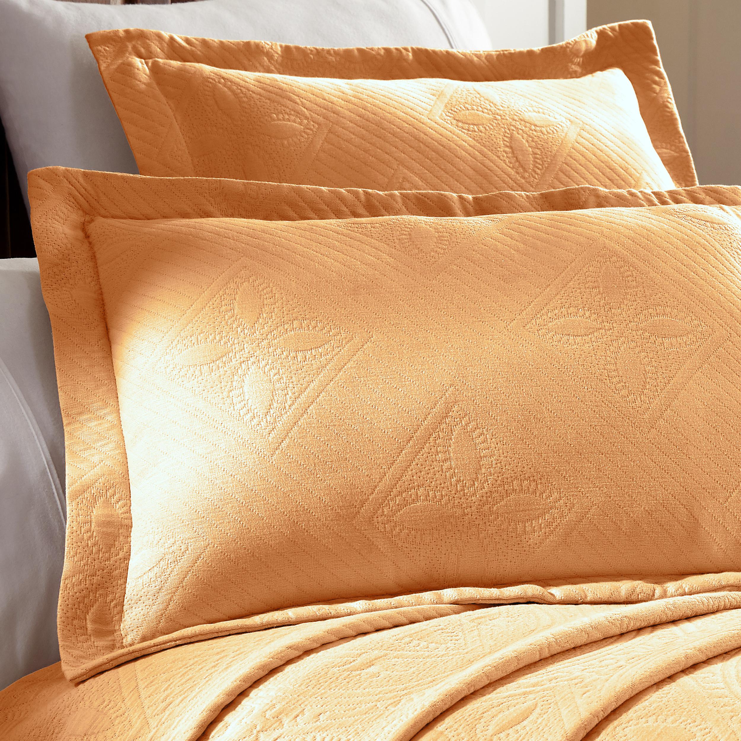 Celtic-Circle-Cotton-Jacquard-Matelasse-Scalloped-Bedspread-Set thumbnail 27