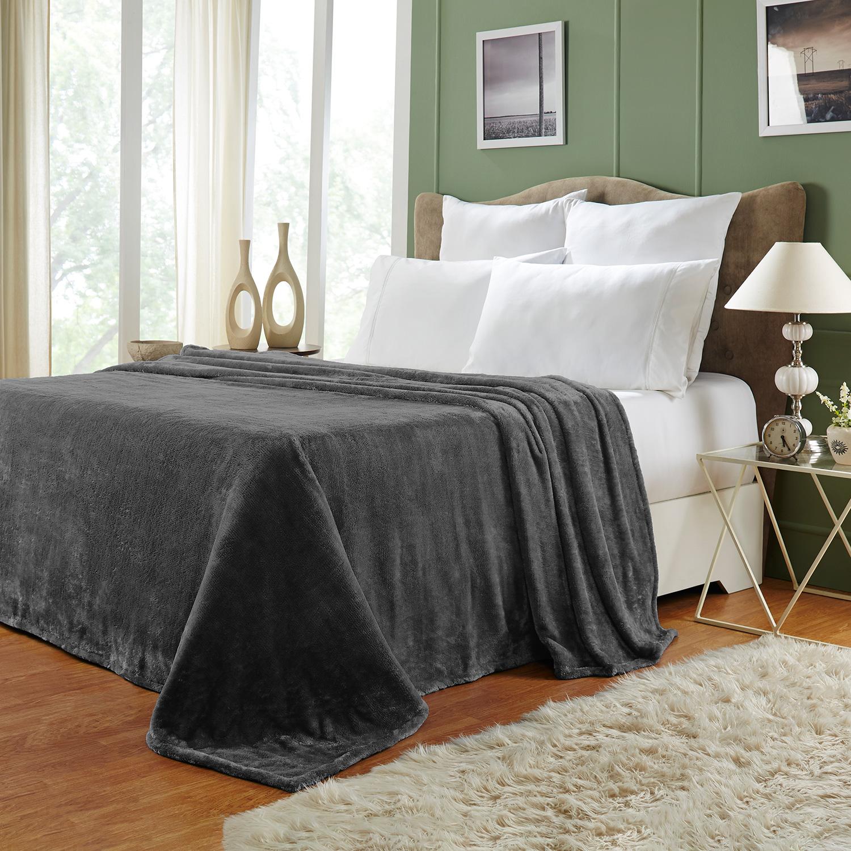 Ultra-Soft-Luxury-Fleece-Blankets-Lightweight-Super-Soft-Cozy-Warm-blanket thumbnail 11