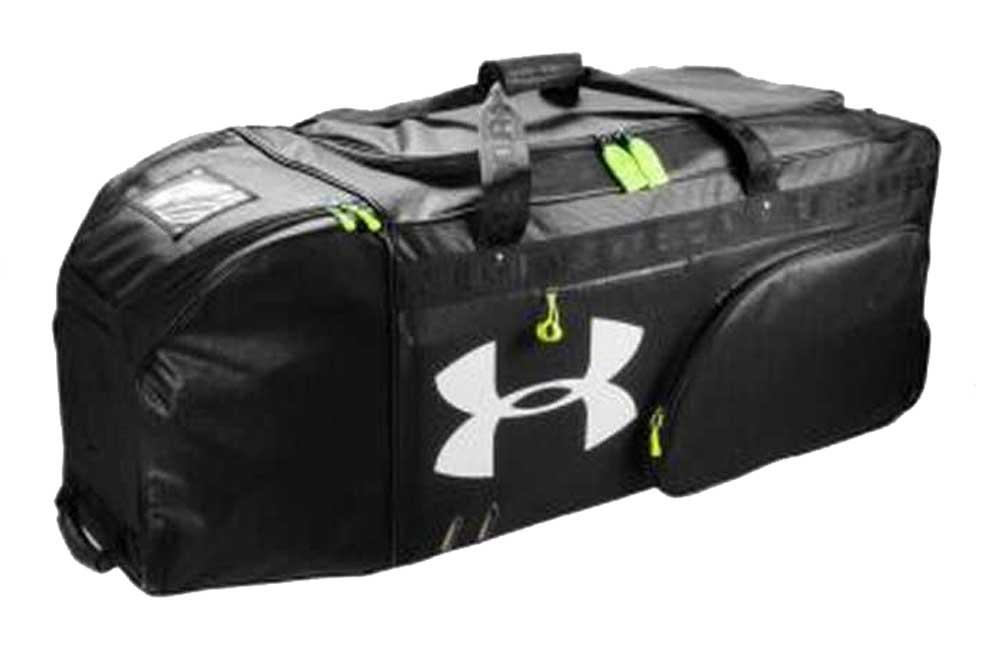 ceb2b6fb24e3 Under Armour Football Extra Large Duffel Bag with Helmet Pocket UASB ...