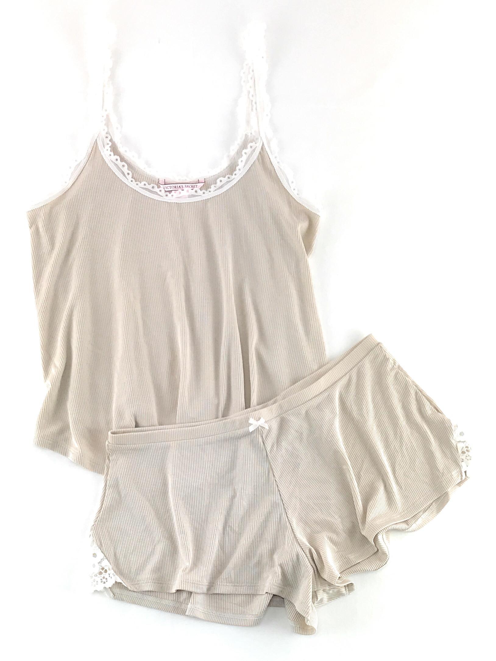 Victoria-039-s-Secret-Pajamas-Set-PJs-2-Piece-Ribbed-Sleep-Cami-Tank-and-Shorts thumbnail 4