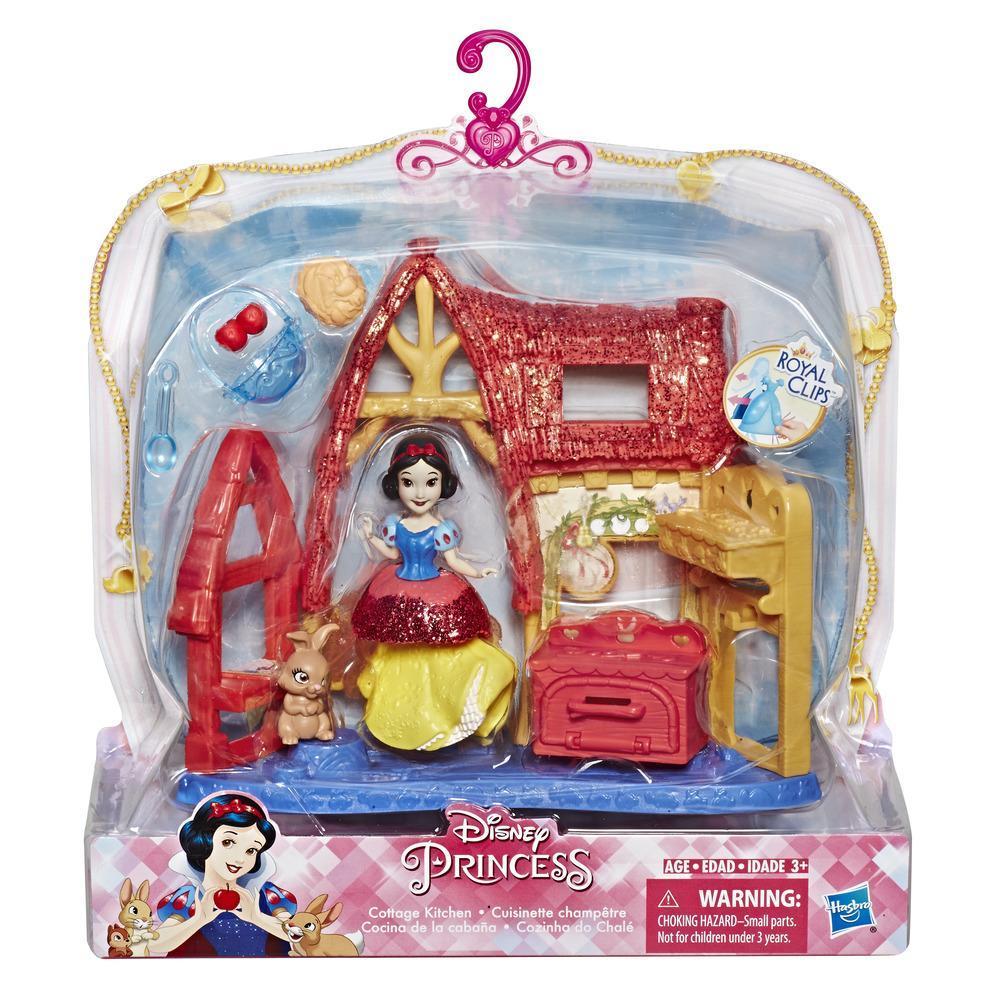 Disney Princess Cottage Kitchen And Snow White Doll Royal
