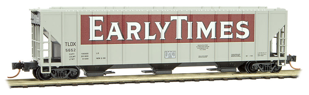 Micro-Trains MTL N-Scale 3-Bay Covered Hopper Great Northern//GN #172074 Grain