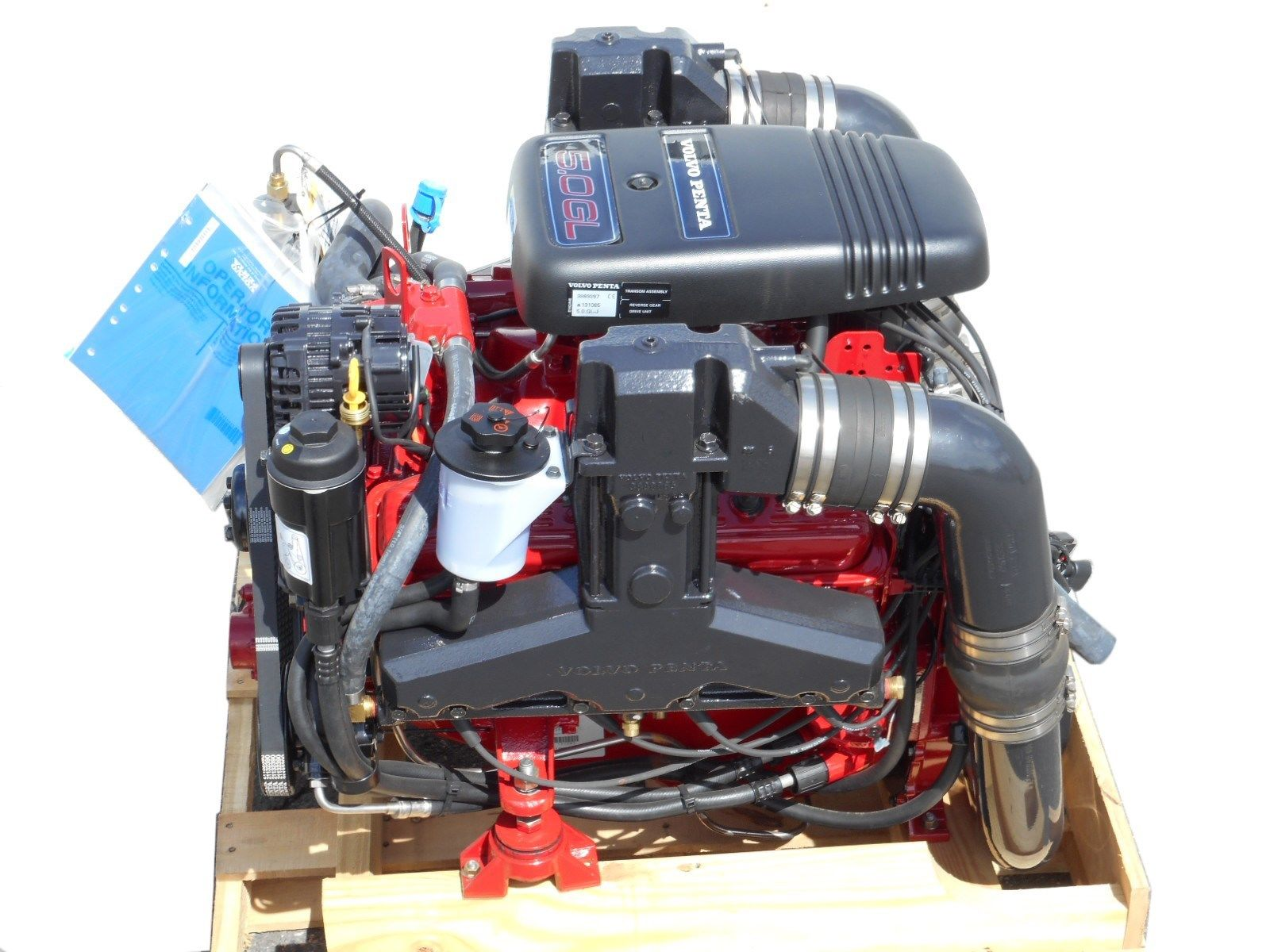 volvo penta 5 0gl complete boat marine motor 220hp 305 5. Black Bedroom Furniture Sets. Home Design Ideas