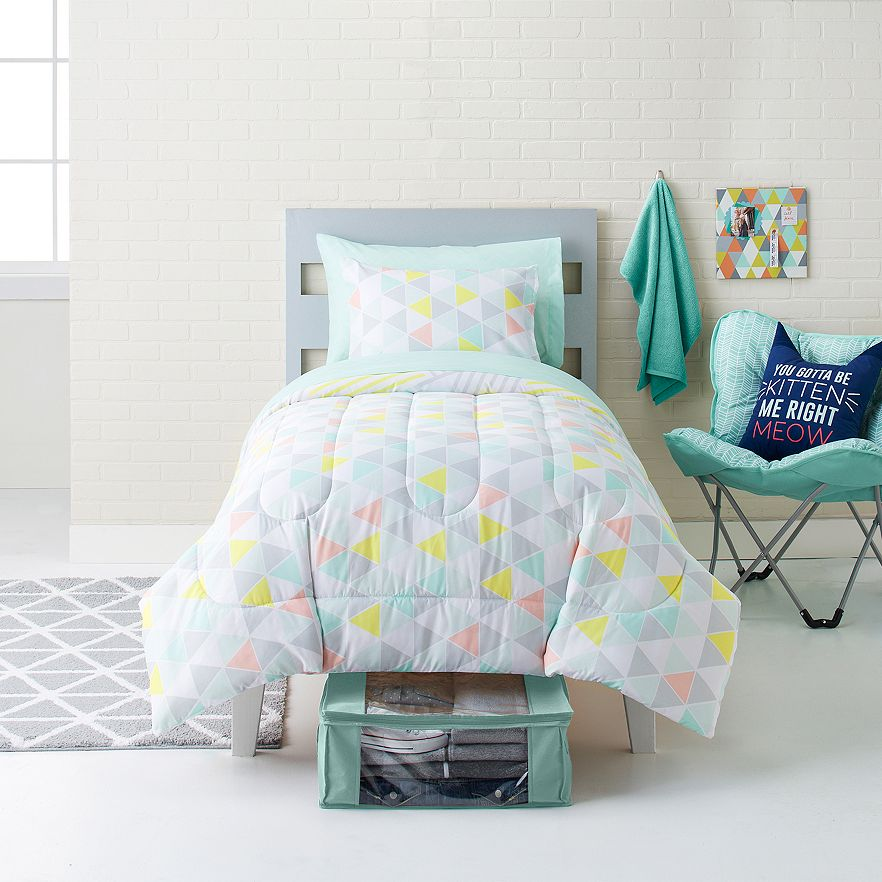 Simple-By-Design-Boho-Blue-8-piece-Dorm-Kit-Twin-XL-Comforter-Sheet-Set-Towels thumbnail 19